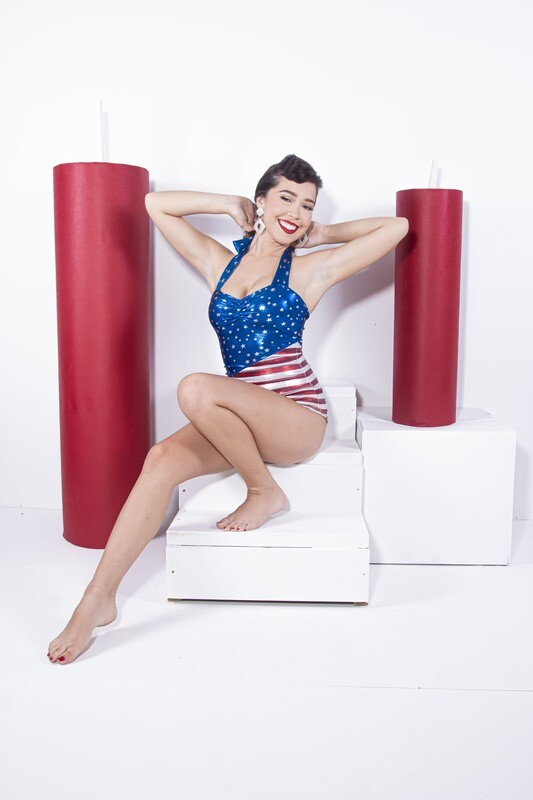 Alli Peach - 50s Independence Day with Video