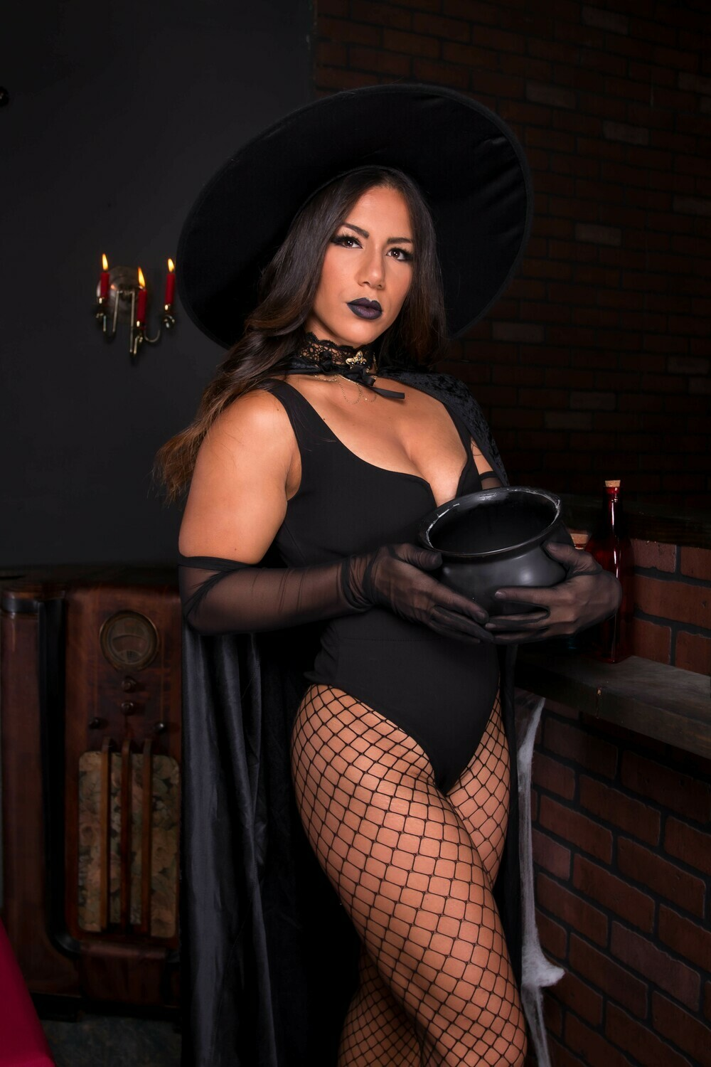 Willow Wood - Witch Halloween 2020