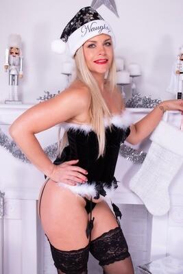 Kelsey S - Christmas 2020 (Naughty & Nice)