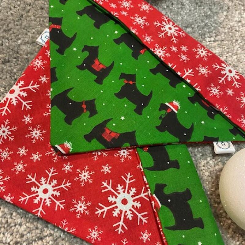 Christmas Collar Buddy
