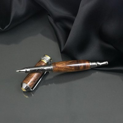Noble Rollerball Pen - Walnut Wood