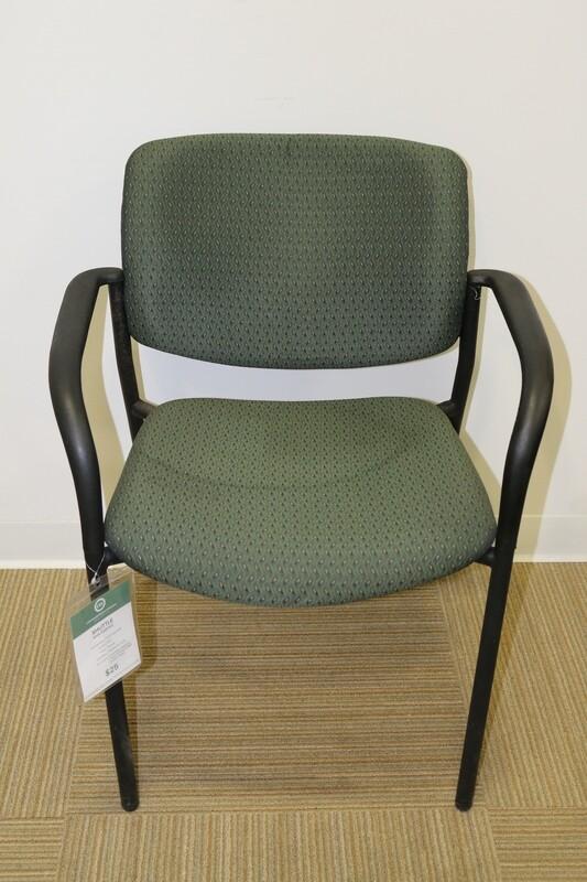 Shuttle Guest Chair