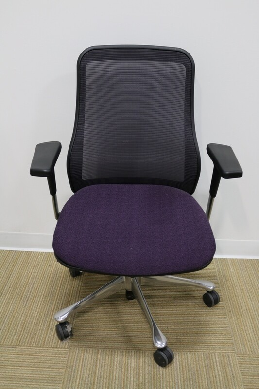 Symbian Task Chair