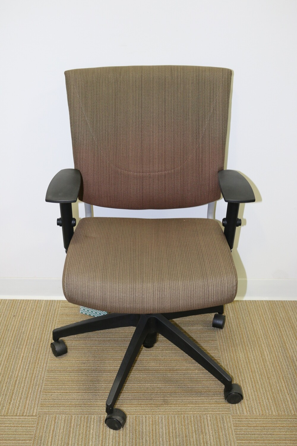Graphic Task Chair