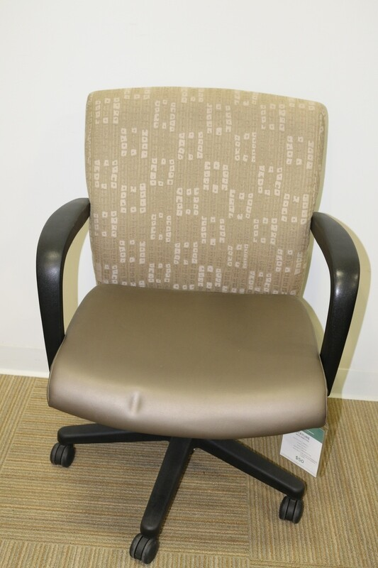 Stature Task Chair