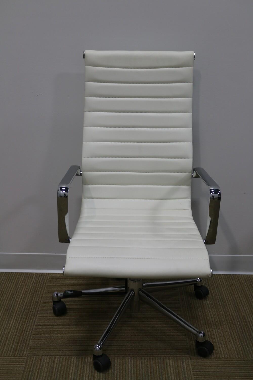 Alumma Task Chair