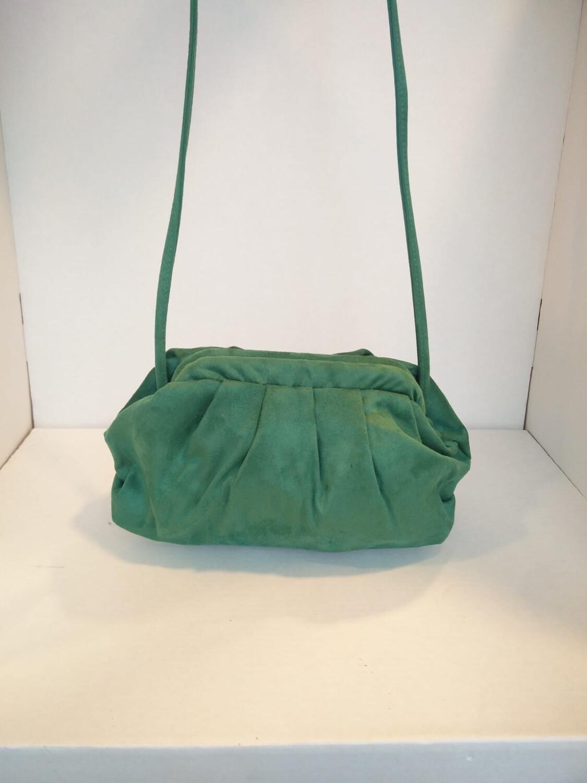 Borsa arricciata in stoffa verde