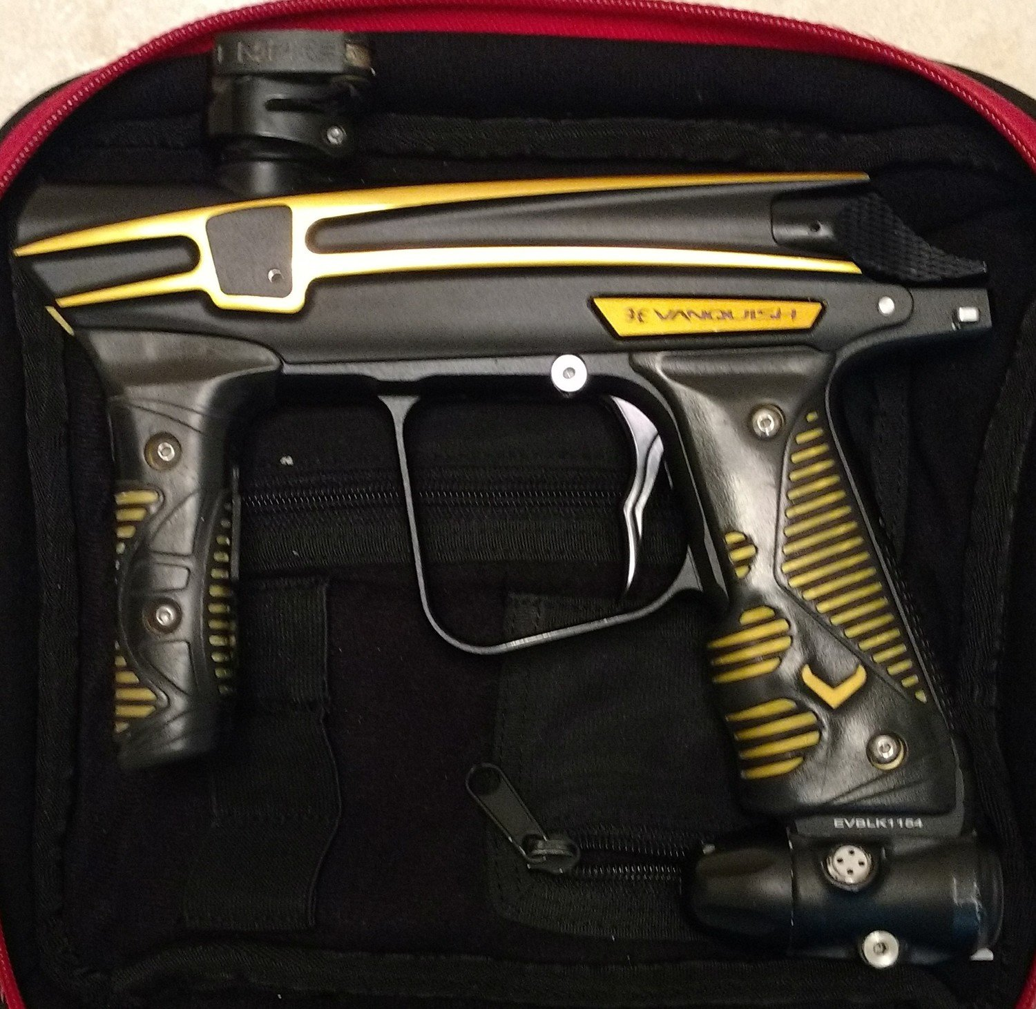Used Empire Vanquish 1.5 Marker - Filthy Rich (Black/Gold)