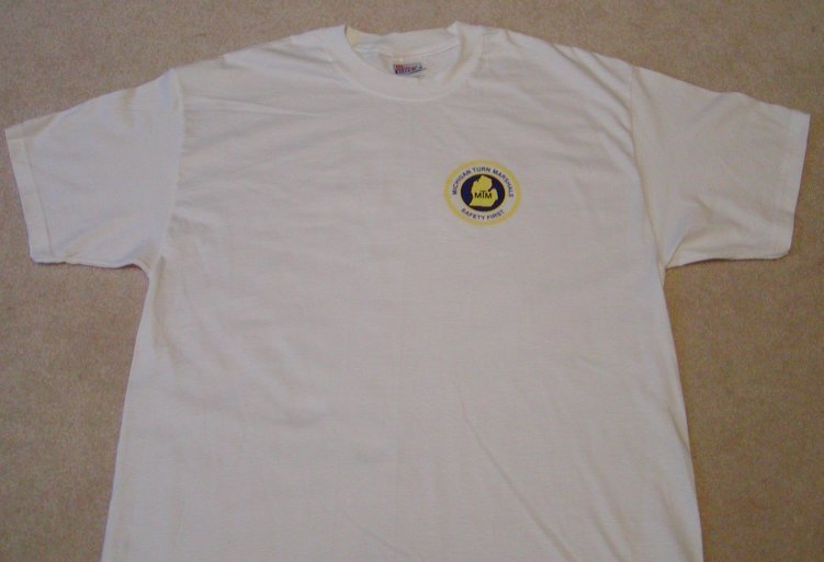 Short Sleeve T-shirt w/ Small Logo