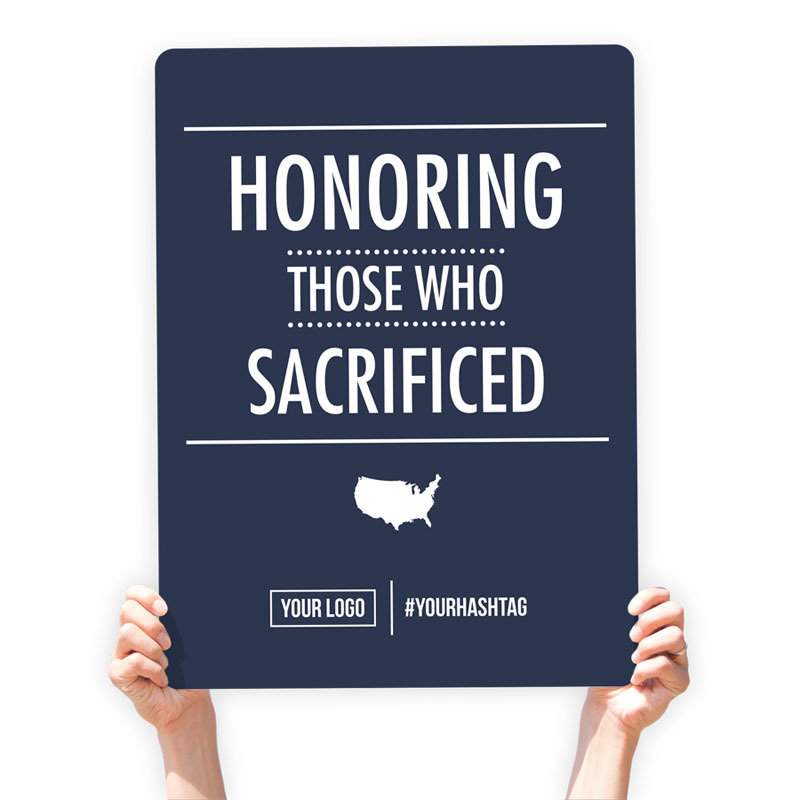 """Memorial Day Greeting Sign - """"Honoring Those Who Sacrificed"""""""