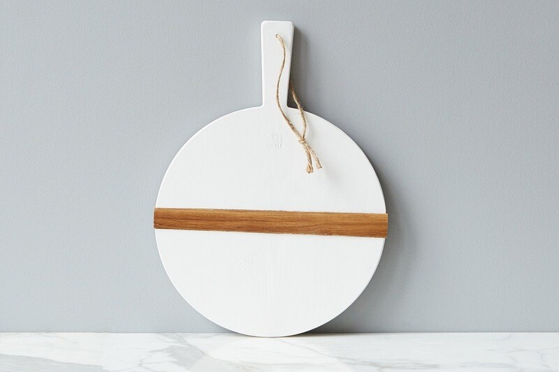 Etu Medium Round White Charcuterie Board