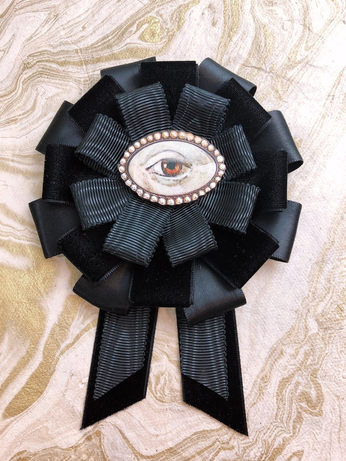 lover's eye rosette (bejeweled)