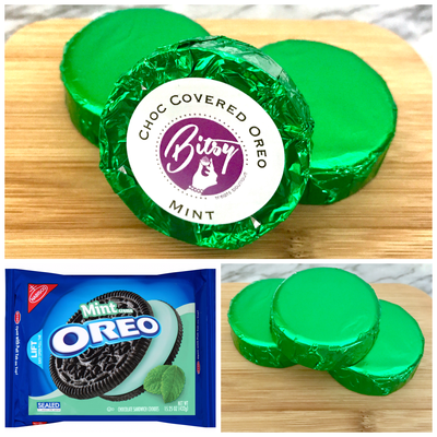 Chocolate Covered Oreo - Mint Creme Oreo