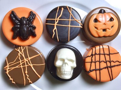 Halloween Chocolate Covered Oreos - Half Dozen (6)
