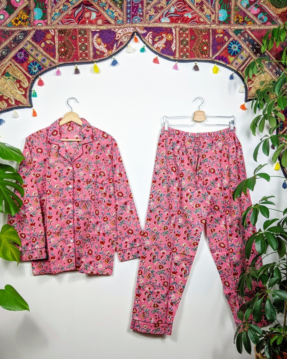 'ROSE BUSH' PJS