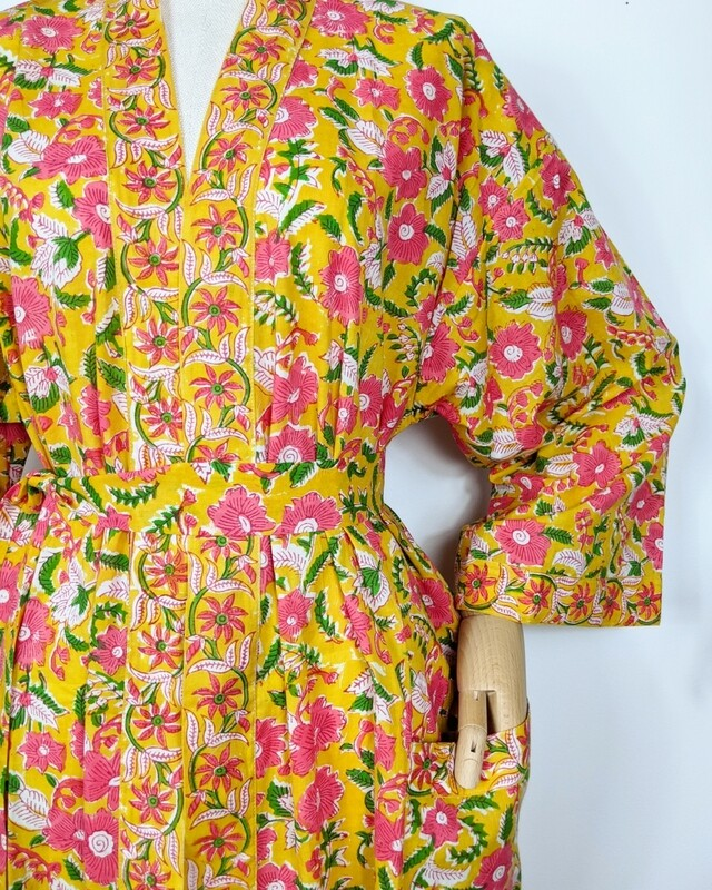'MELLOW YELLOW' ROBE