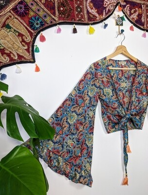 PANSY WRAP TOP