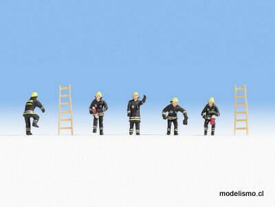 Noch 15021 Departamento de bomberos (trajes protectores negros)