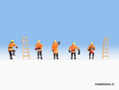 Noch 15022 Departamento de bomberos (trajes protectores naranja)
