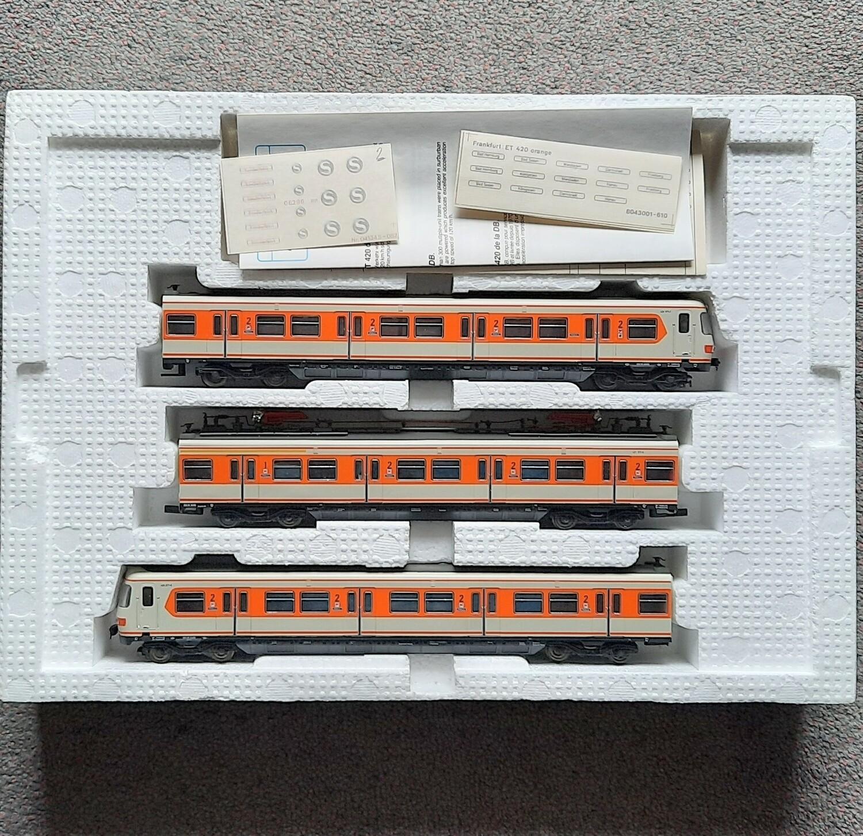 Roco H0 43001 BR420 S-Bahn usado