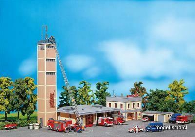 Faller 130989 Estación de bomberos moderna