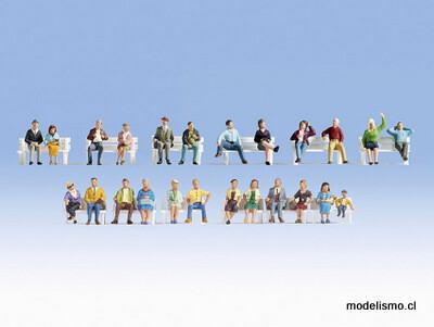 Noch 16130 Conjunto de figuras XL Personas sentadas 24 figuras, sin bancos