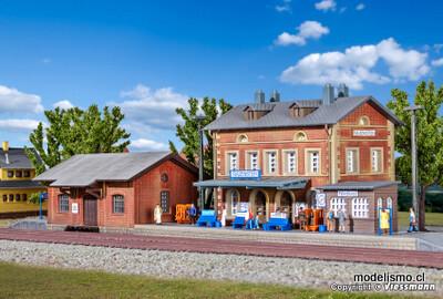 Kibri 37396 N Estación de Rauenstein con cobertizo de carga
