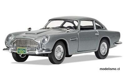 Corgi 4313 Aston Martin DB5, plata, James Bond 007 Casino Royale 1:36
