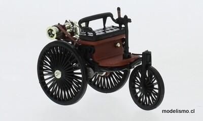 IXO 331N Coche de motor de patente Benz, negro 1:43