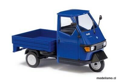 Busch 1:43 60002 Piaggio Ape 50, azul