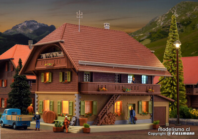 Reserva anticipada Kibri 38024 H0 Käserei Thal en Heimisbach incl. Juego de iniciación de iluminación de la casa, kit funcional