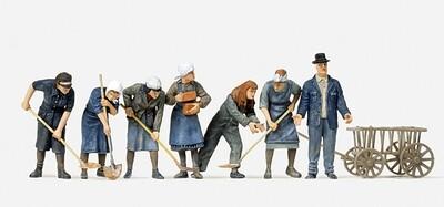 Preiser 16568 H0 - Mujeres de escombros. 7 figuras en miniatura sin pintar