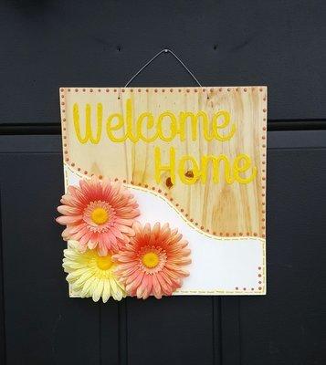 """""""Welcome Home"""" Door Sign"""