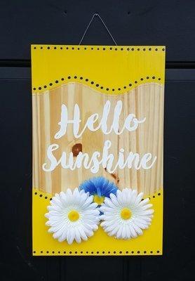 """""""Hello Sunshine"""" Door Sign"""