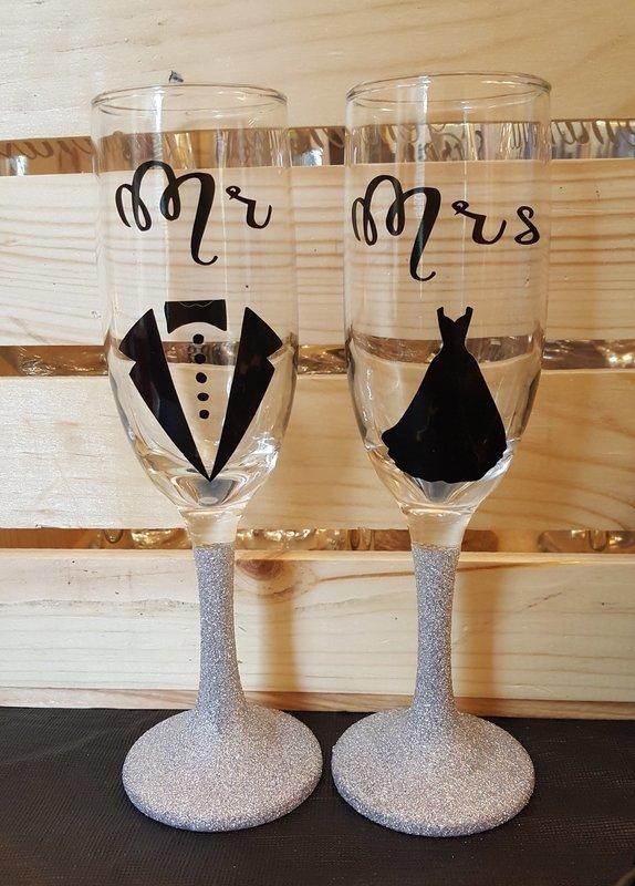 Mr. & Mrs. Sparkling Glass Set - Silver