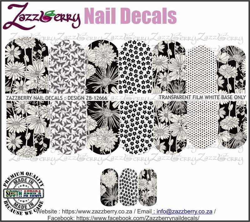 Black and White Floral Mix