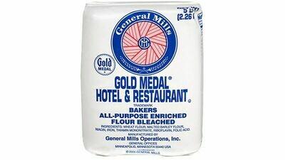 * Gold Medal Hotel & Restaurant Flour 5 Pounds