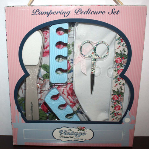 The Vintage Cosmetic Company Pampering Pedicure Set