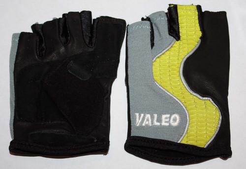 Valeo Women's GLCF Crosstrainer Plus Pull-On Gloves (Several Sizes)