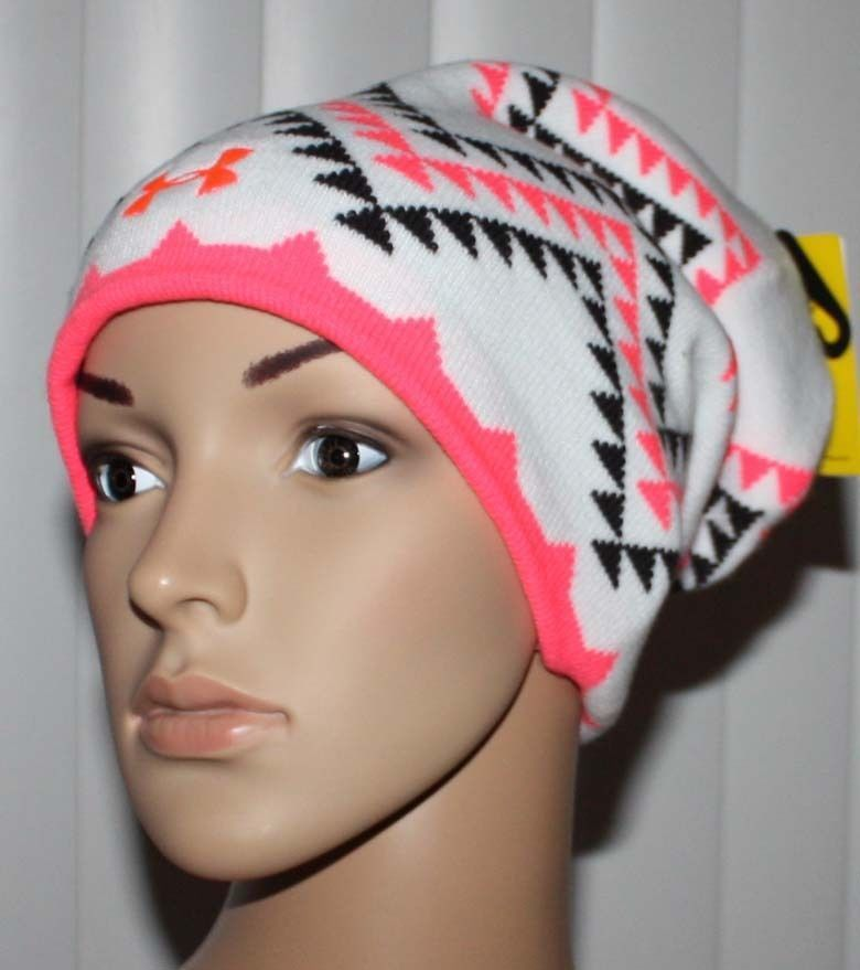 Under Armour Women's Switch It Up Reversible Beanie-White/Pink/Black Print-Black