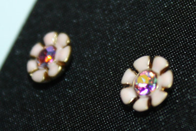 Juicy Couture Pink FLOWER STUD CORAL Gold Tone Crystal Earrings #YJRUSE14