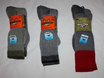 2 Pair Jordan Outdoor Unisex REALTREE AP All Season Wear Socks (several choices)