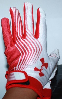 Under Armour UA Blur II Men's Skill Football Gloves -Red (Small)