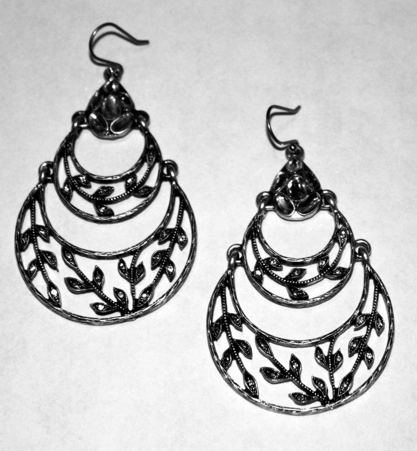 Lucky Brand Women's Crystal Embellished With Leaf Details Dangle Earrings