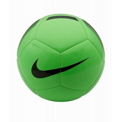 Nike Pitch Team grün
