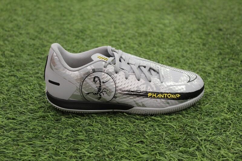 Nike JR Phantom GT Academy SE IC