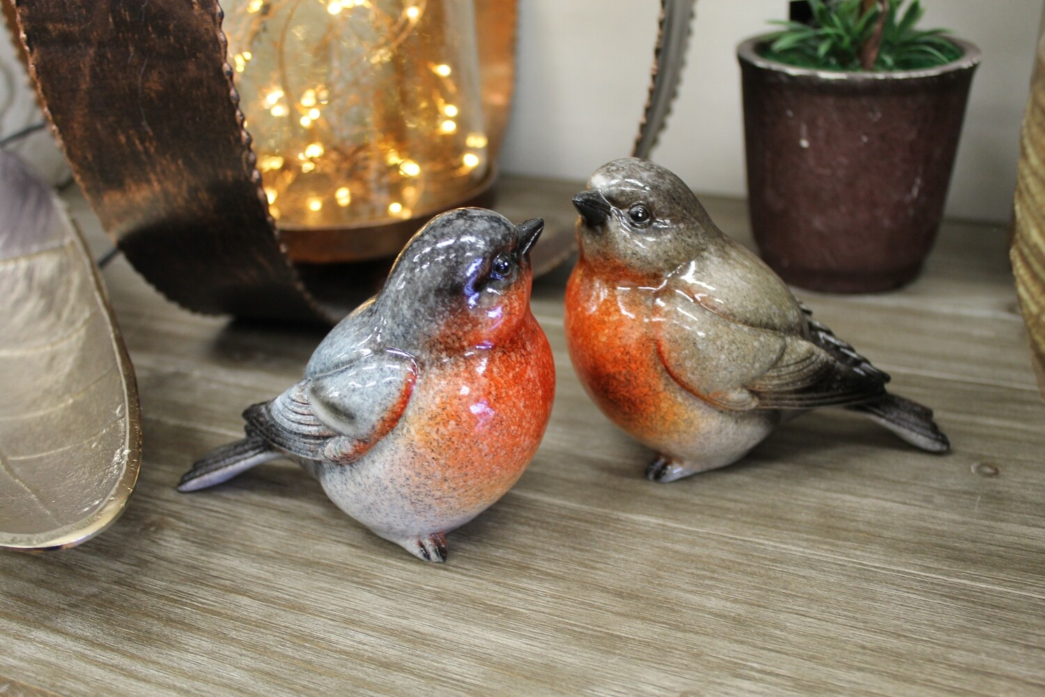 Set of Two Robins