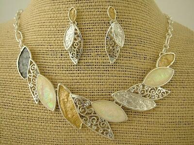 Silver/Gold/Grey Leaf Necklace/Earring Set