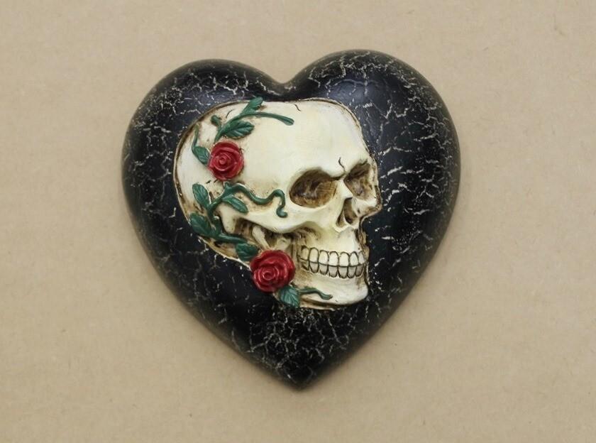 Skull Hanging Wall Heart
