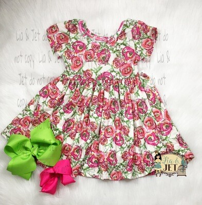 Floral Heart_ Rose Twirl